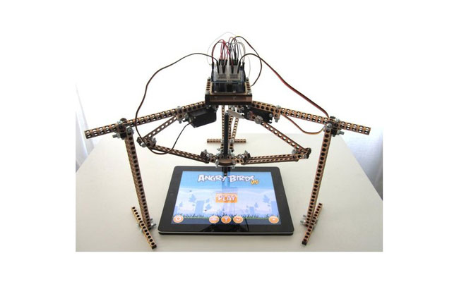 Robots take pleasure from Angry Birds
