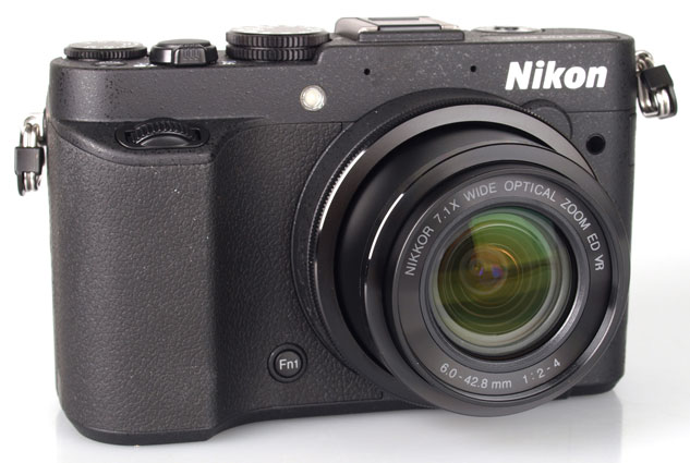 Nikon Coolpix P7700 Review: Take High Quality Images At Affordable Price