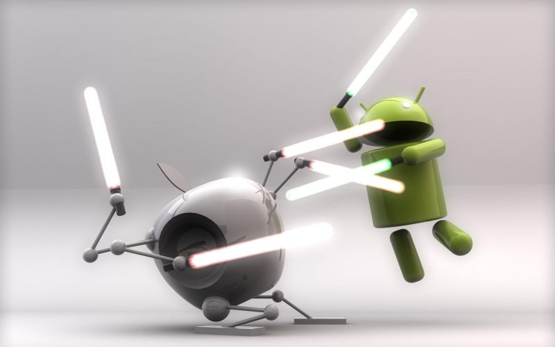 Android Fighting Apple