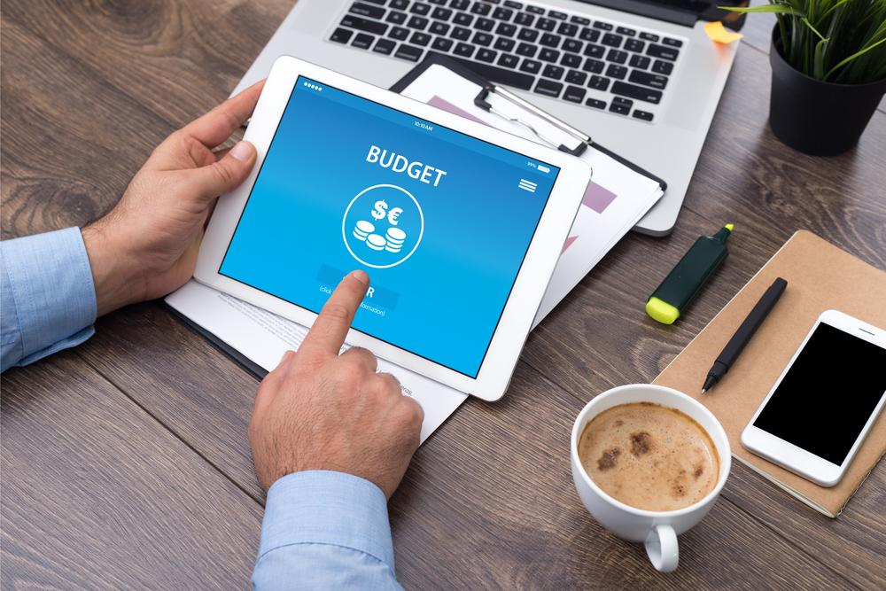 3 Ways to Utilize Tech as a Financial Advisor